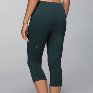 Lululemon | In The Flow Crop Heathered Fuel Green